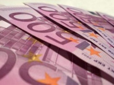 Швейцарците гласуват дали минималната им заплата да стане... 2000 евро