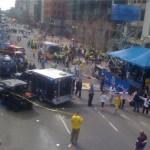 Две експлозии на маратона в Бостън. Има много ранени