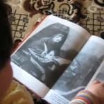 Невероятно: момиченце, което няма 2 годинки изнася урок по история. (ВИДЕО)