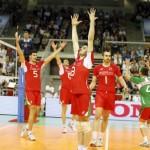 Националите почнаха с драматична победа в Световната лига