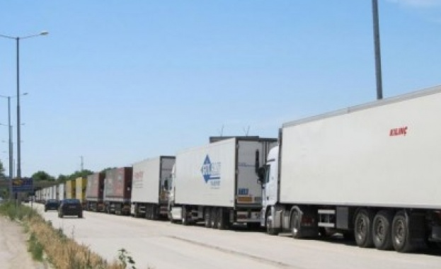тир, тирове, камион, камиони