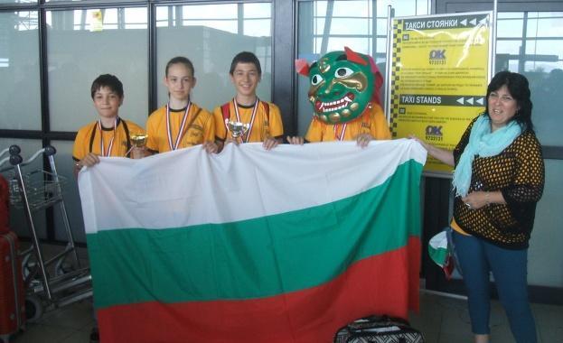 Наши математици отново завоюваха медали и купи