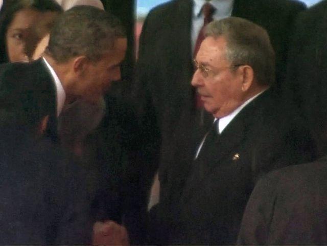 Ръкостискането Обама-Кастро взриви Щатите и Куба