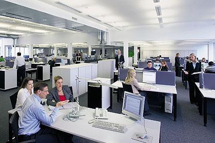 Възползвайте се от фирми за почистване на офиси, за да е работната среда чиста и спретната, и така да поддържате добро реноме и престиж.