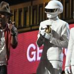 Daft Punk с пет грамофончета