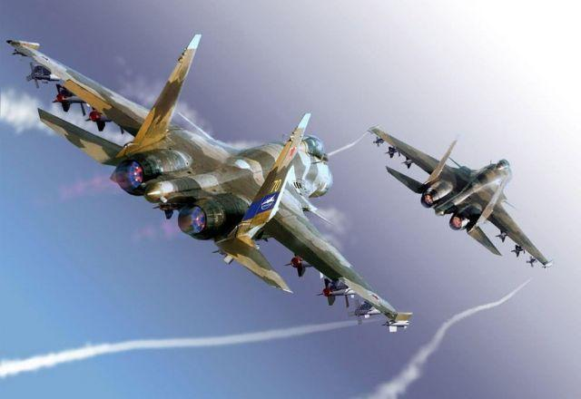 Руската офанзива: Изтребители, кораби, бронетехника на подстъпите към Крим