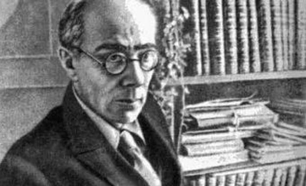 """130 години от рождението на фантаста Александър Беляев, автор на """"Човекът-амфибия"""""""