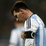 Меси хвърли в паника Аржентина: Пак повръща на терена (ВИДЕО)