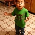 Вижте 3 годишен сладур, който стана хит в мрежата (видео)!