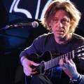Доминик Милър - китарист на Стинг