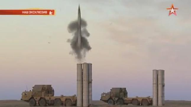 """Руският Зенитно-ракетен комплекс С-400 """"Триумф"""" е без аналог в света"""