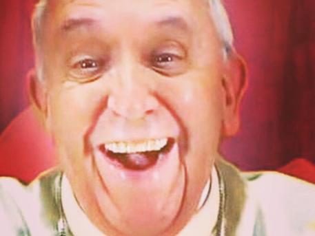 Първото селфи на Папа Франциск