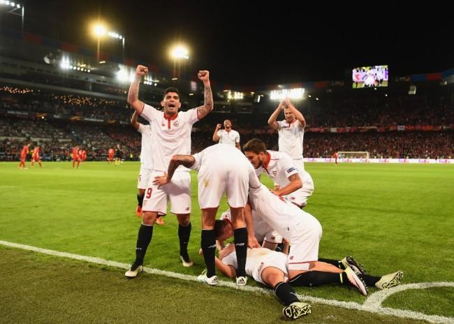 Севиля победи Ливърпул с 3:1 за финала на УЕФА