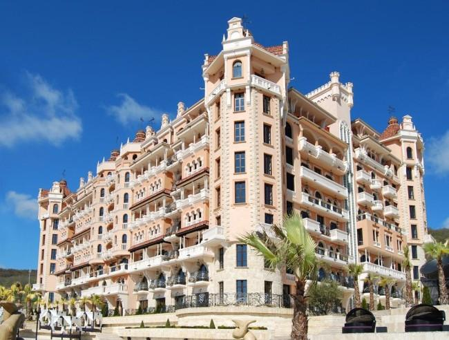 """Сред едни от най-изгодните оферти за почивка на море е и """"Роял Касъл Хотел & Спа"""" в Елените"""