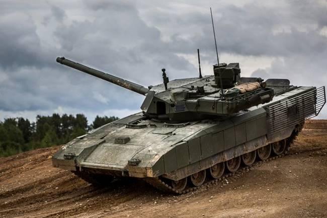 """Руският танк Т-14 """"Армата"""" вече има подобрена версия"""